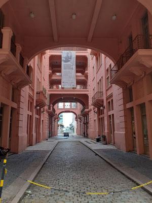 In der Casa de Cultura Mario Quintana befindet sich das Teatro  Bruno Kiefer