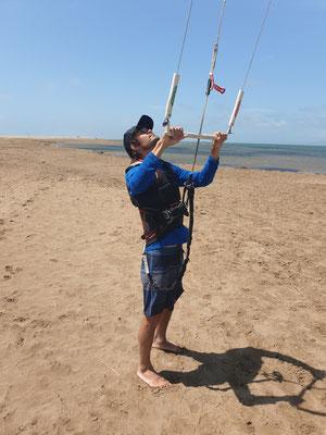 Rogers erste Berührung mit dem Kite