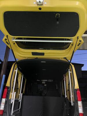 NVANで車中泊をするなら、トランポ関東へご相談ください。