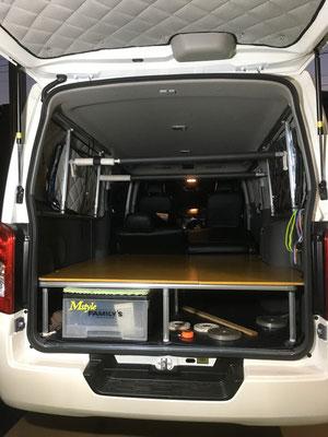 NV350やハイエースの車中泊仕様はトランポ関東で決まり!