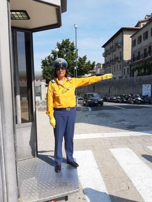 Verkehrspolizistin auf dem Monte Titano