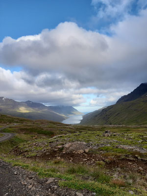 Im Fjord vor Egilsstadir