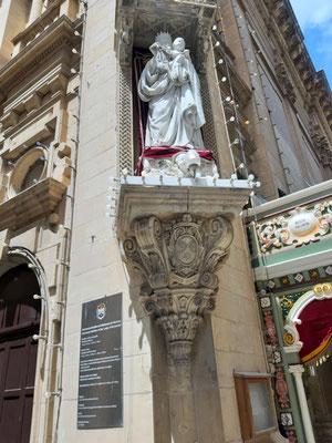An der Karmeliterkirche