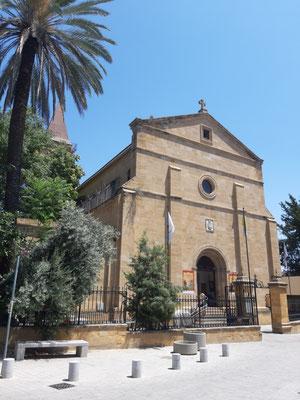 Katholische Heilig-Kreuz-Kirche in Nikosia