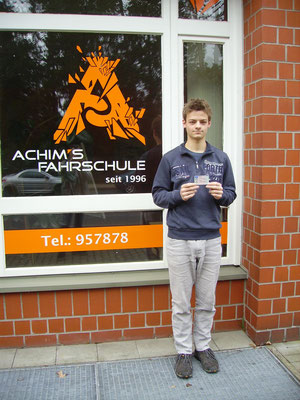 Luca Gößling hat seinen B Führerschein seit dem 18.03.2019
