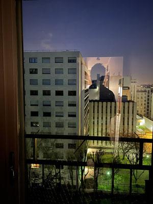 Par la fenêtre 12