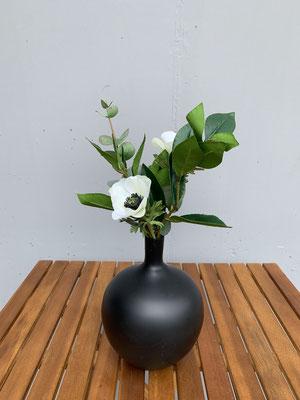 klein aber fein anemone in der vase