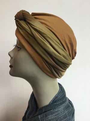 G 88 - Kopfbedeckungen kaufen - Seidenjersey-Foulard und Chäppli - elegant und klassisch - Brauntöne