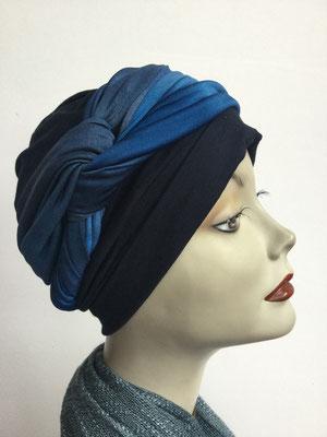 G 89a - Kopfbedeckungen kaufen - Seidenjersey-Foulard und Chäppli - elegant und klassisch - blau variabel