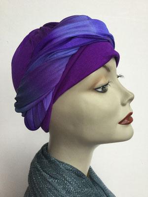 G 89h - Kopfbedeckungen kaufen - Seidenjersey-Foulard und Chäppli - elegant und klassisch - violett