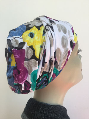 So 13 - Hutmodell Beani (doppelte Stofflage) - multicolor mit Blumenmustern