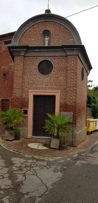 Die Kapelle San Rocco. Von diesem Heiligen erzähle ich euch später, ist aber sehr aktuell.