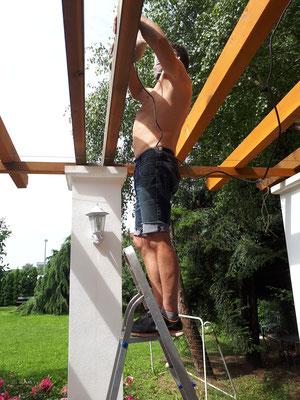 Installation Terrassenüberdachung