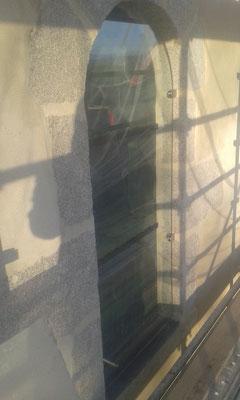 PUY SAINT GULMIER (63) Restauration complète de 3 baies XIXème + Bavettes en plomb et verres feuilletés de protection