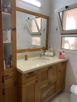 2nd Bathroom with bath
