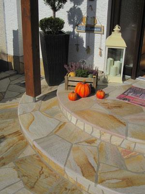 Naturstein Eingangsbereich - Polygonalverlegung