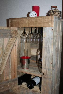 Bar à vin en bois de palette