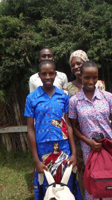Mission Kongo e.V. - Zwei neue Schülerinnen des Projektes