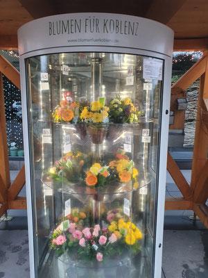 Blumenautomat direkt vor unserem Blumenladen