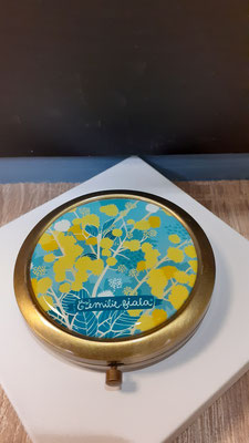 "<FONT size=""5pt"">Miroir bronze antique Mimosa- <B>16,50 €</B> </FONT>"
