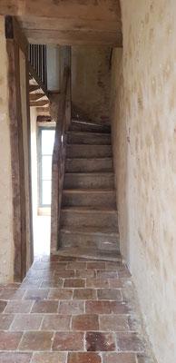 Escalier ancien en peuplier massif de récupération