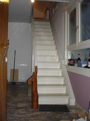 Holztreppe und Handlauf aus eigener Fertigung