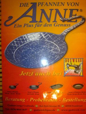 Anne mit der Pfanne, gußeiserne Pfannen , Pfanne von Anne