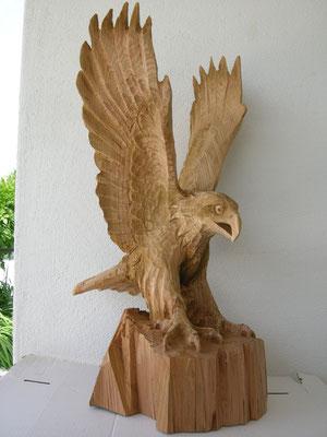 Steinadler Holzskulptur