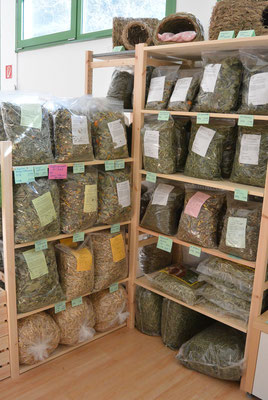 ... gesunde Futtermischungen für Kaninchen & Co. ...