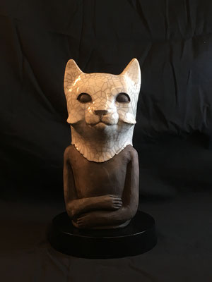 matt_roussel_Raku_catwoman_Grès émaillé.30cm