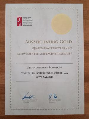Der Sternenberger Schinken aus regionalem Fleisch bekommt die Gold-Medaille mit 48 von 50 Punkten!