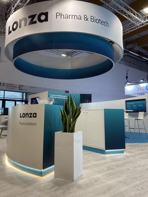 Messestand Lonza Live Kommunikation Design Architektur Logo