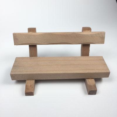 Holzbänkchen