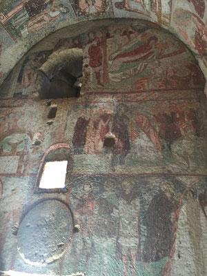 Fresken in der Höhlenkirche