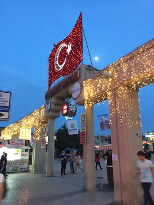 Bakirköy Meydan, unsere Haltestelle auf dem Weg zum Hotel