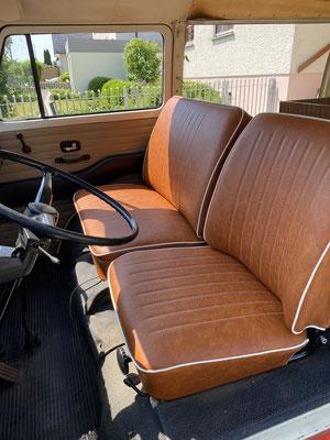 VW T2 Westfalia - Vordersitze neu bezogen und gepolstert