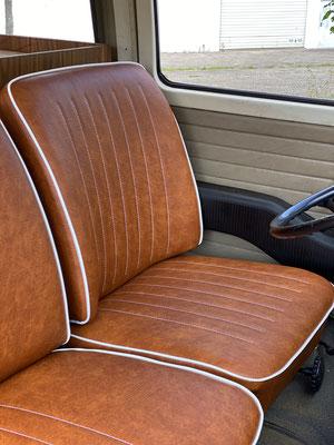 VW T2 Westfalia - Die Ziersteppung wurde dem originalen Bezug nachempfunden