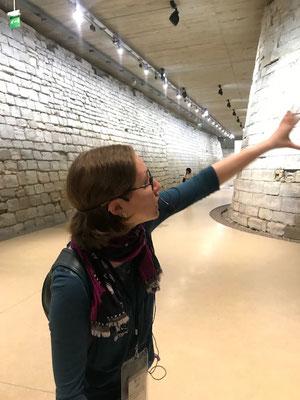 Official tour guide museums Paris