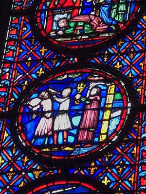 Stained glass windows chapel paris