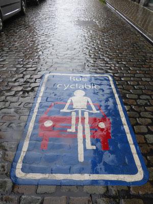 Tournai - Rue du Jésuites - fietsstraat!