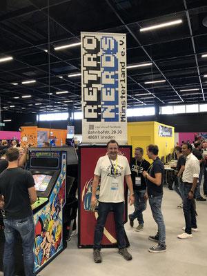 In Sonderfolge #12 des Männerquatsch Podcast berichten wir aus der Retro Area von der Gamescom 2019 und sprechen u.a mit den Retro Nerds Münsterland.