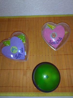 Give-Away-Herzen Vorderseite und Signal-Buzzer