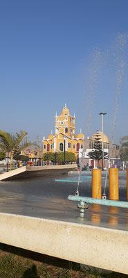 In Chao stellen wir uns neben den Plaza Armas