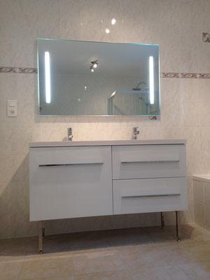 Installation meuble vasque salle de bain Albertus rénovation