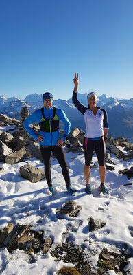Tabea und Dänu auf dem Gipfel