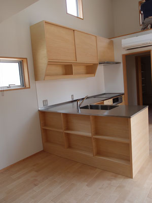 オーダーキッチン カウンター下収納 隙間家具