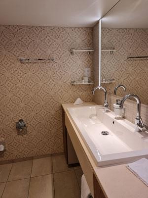 Mein Schiff 6 Junior Suite 10071 Badezimmer