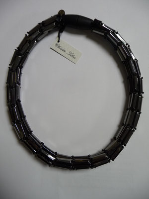 UNGER, Italy, grey/hematite crystal baguette stones on leather. €175