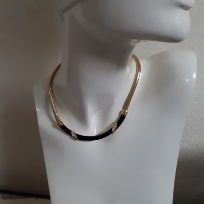 Christian Dior necklace, black enamel on goldtone with clear rhinestones, signed. €360