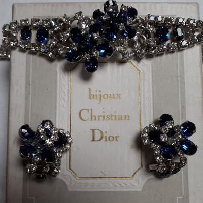 KRAMER of NY for  Christian Dior - bracelet and clip earrings, Cobalt blue & clear rhinestones on silvertone metal. Signed on all pieces.  €1260